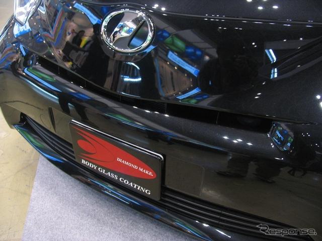 キズが目立ちやすいブラックメタリックの塗装もコーティングにより艶艶としている