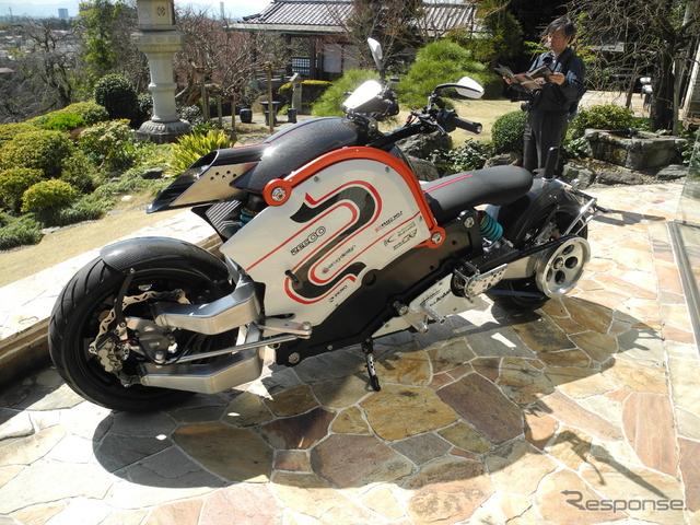 電動バイク「zecOO」《撮影 山田清志》