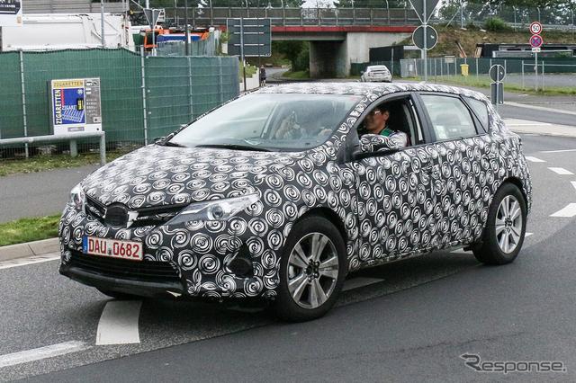 トヨタ オーリス の新モデル スクープ写真《APOLLO NEWS SERVICE》