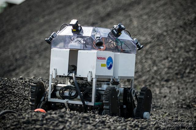 トピー工業でのAVM技術搭載ROVの実験風景