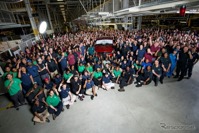 米国アラバマ州タスカルーサ工場で生産を開始したメルセデスベンツGLEクーペ