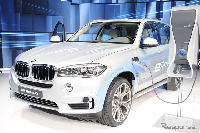 BMW X5 xDrive40e(上海モーターショー15)