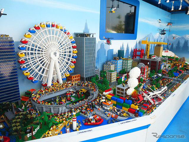 レゴの巨大ジオラマが全国をめぐる「レゴシティ トラックキャラバン」。イオンモール幕張新都心での展示は5月2〜5日。そのあとも全国のショッピングモールなどで展開される《撮影 大野雅人(Gazin Airlines)》