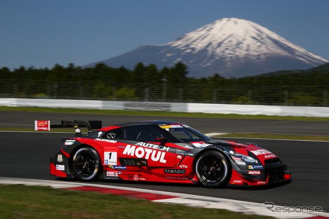 GT500クラスのポールを獲得した#1 GT-R。撮影:益田和久