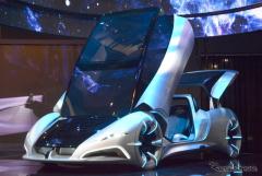 """【上海モーターショー15】目指すのは""""ベイマックス""""…大手サプライヤーの提案する「優しい」スマートカー(レスポンス)の画像"""