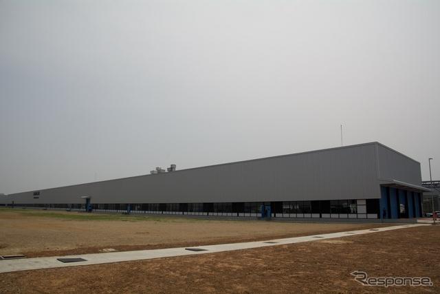 DICVのオラガダム工場内に新たに開設したバス生産工場《撮影 橋本隆志》