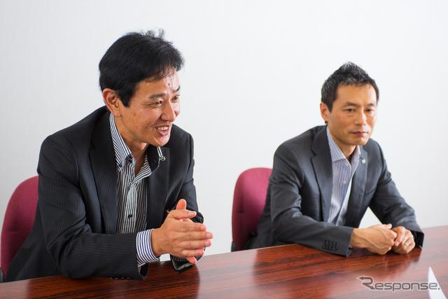 アテンザ開発主査の松岡英樹氏(左)と玉谷聡チーフデザイナー《撮影 太宰吉崇》
