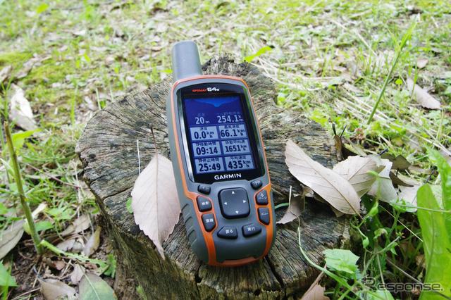 GARMIN GPSMAP 64SJ《撮影 山田正昭》