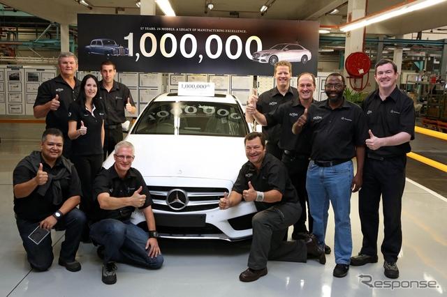 メルセデスベンツ の南アフリカ工場で乗用車の累計生産100万台目となったCクラス