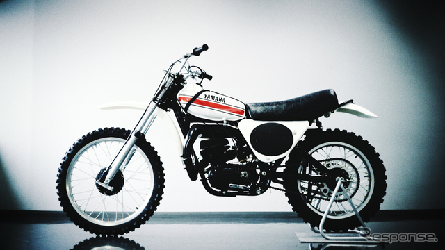 モノクロスサスペンション搭載のYZ250(1974年発売)