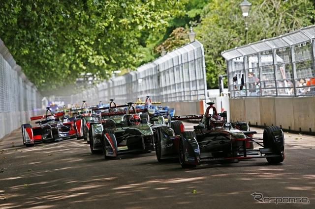 ロンドン最終連戦の舞台は、かなりの難関コースだった。写真:Formula E