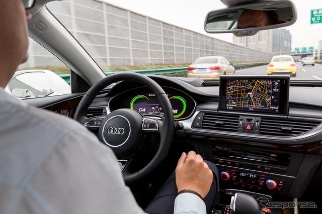 中国上海での公道テストに成功したアウディ RS7 スポーツバック の自動運転車