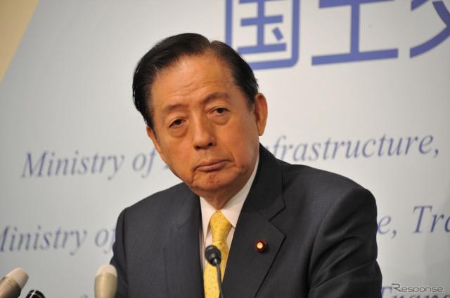 太田明宏国土交通相(25日・霞ヶ関)《撮影 中島みなみ》