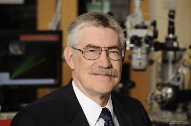 ラッセル・テイラー博士