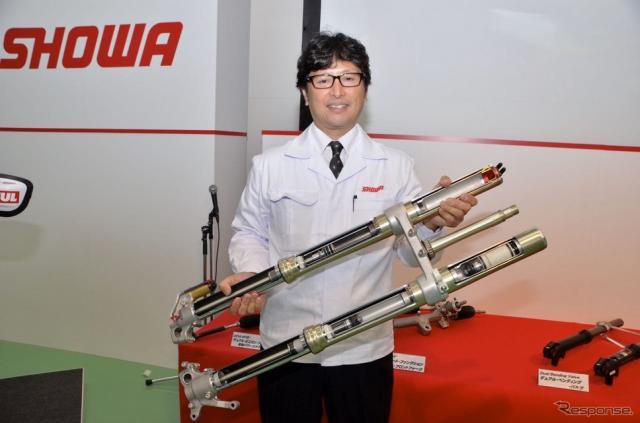 株式会社ショーワ開発本部二輪サス開発部部長、梶野 勉さん。《撮影 青木タカオ》