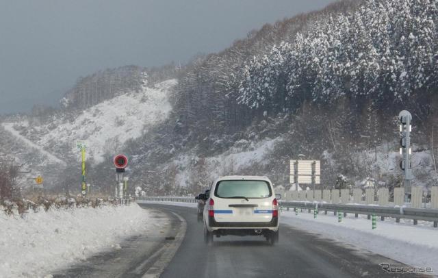 北海道の高速道路(資料画像)