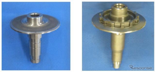 CVT用鍛造品(左:プライマリー・シーブ・シャフト、右:セカンダリー・シーブ・シャフト)《画像 愛知製鋼》