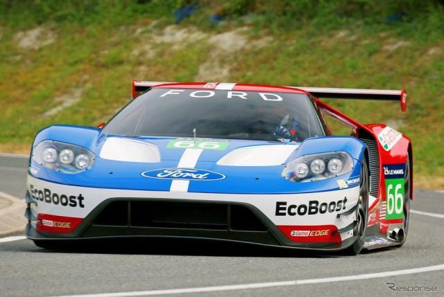 新型フォードGTのレーシングカー