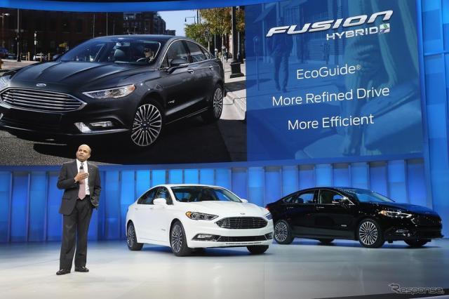 フォード フュージョンの2017年型(デトロイトモーターショー16)《写真 Getty Images》