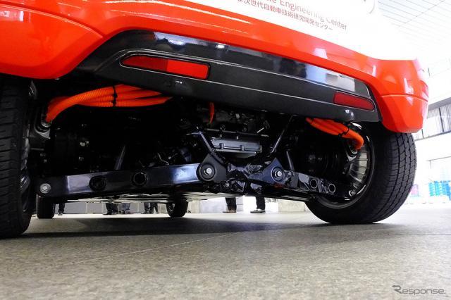東京・田町の三菱自動車工業本社で公開されたコンバートEV実証実験車「OVEC-TWO」(1月11日)《撮影 大野雅人(Gazin Airlines)》