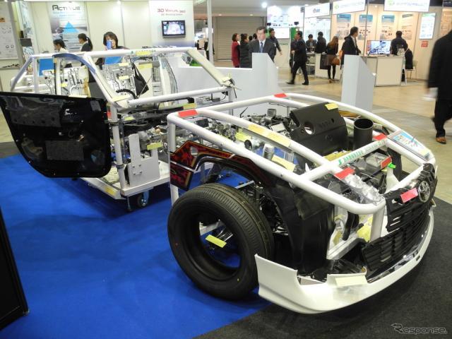 いわて産業振興センターが製作した「ショーケースカー」《撮影 山田清志》