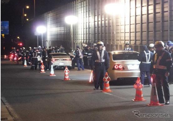 特別街頭検査の様子《画像 関東運輸局》