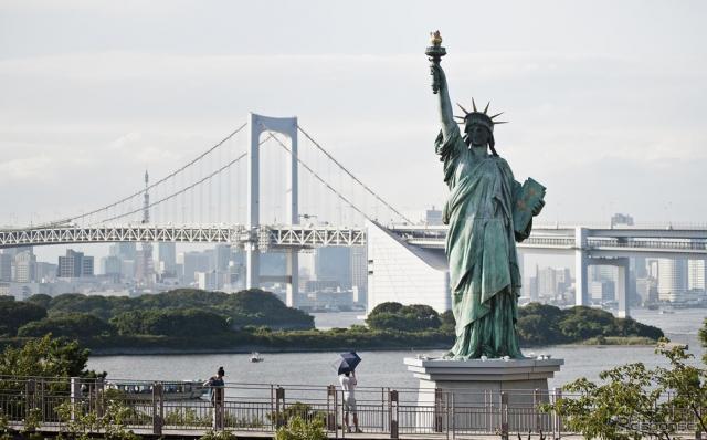 外国人観光客のメッカとなっている東京・台場(参考画像)《写真 Getty Images》