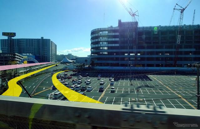 京葉線の車窓から。黄色い線がサーキット、ピンク色の線が滑走路の位置イメージ《撮影 大野雅人(Gazin Airlines)》