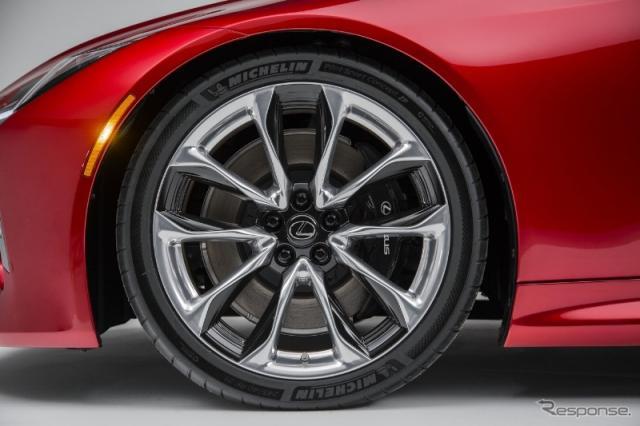 レクサスLC500に純正装着されたミシュランタイヤは、ミシュラン「Pilot Super Sport ZP」