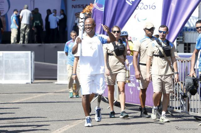 パラリンピック聖火出発(1日、プラジリア)(c) Getty Images
