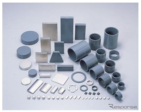 ネオジム・鉄・ボロン系焼結磁石 NEOMAX《画像 日立金属》