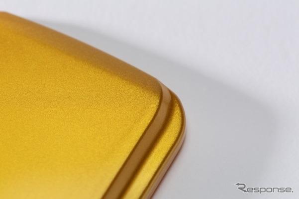 ポリカーボネート樹脂(ゴールド)