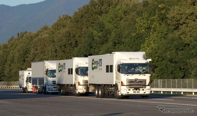 トラック隊列走行の実証風景(新エネルギー・産業技術総合開発機構(NEDO)/エネルギーITS推進事業/2012年度)