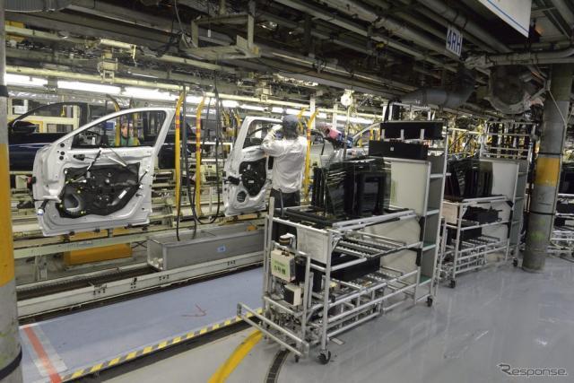 マツダ本社工場の組み立てライン《写真提供 マツダ》
