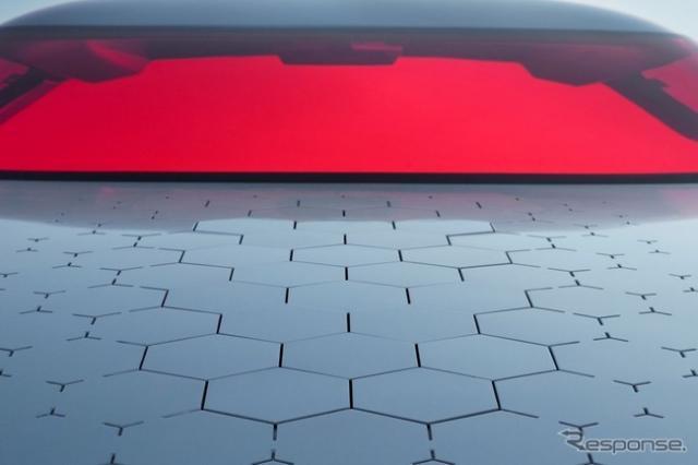 ルノーのEVコンセプトカー、TREZORの予告イメージ