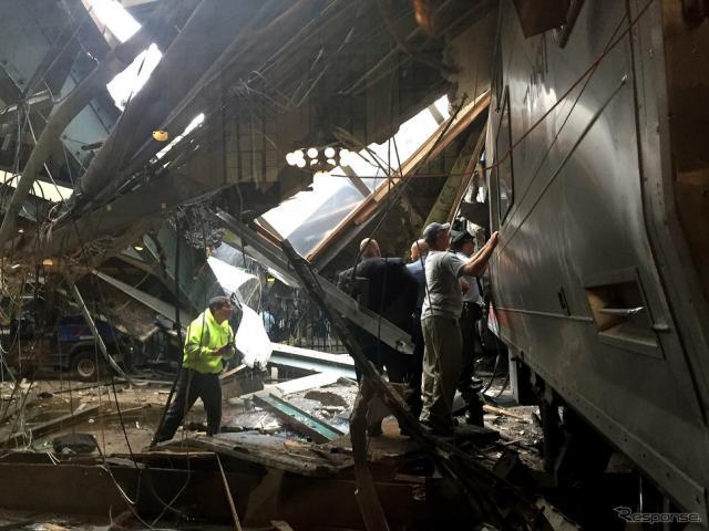 ホーボーケン駅列車衝突事故(c) Getty Inages