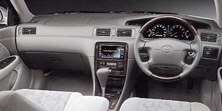 トヨタ カムリグラシア 2.5 ツーリングエディション (1999年8月モデル)