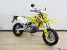 スズキ DR-Z400SM チャンピオンイエローの画像