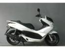 ホンダ PCX タイヤ新品 2012年モデルの画像