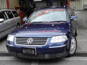 フォルクスワーゲン VW パサートワゴン V6 4モーション 1オーナー本革DVDマルチ禁煙車HID