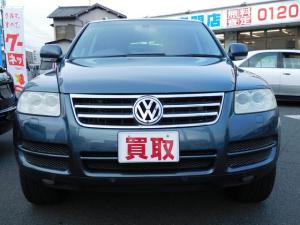 フォルクスワーゲン VW トゥアレグ V6 サンルーフ 黒レザーシート SDナビTV 禁煙車