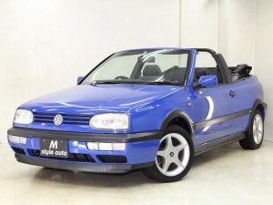 フォルクスワーゲン VW ゴルフカブリオレ ベースグレード 3型モデル 限定カラーコンセプト 本革シート