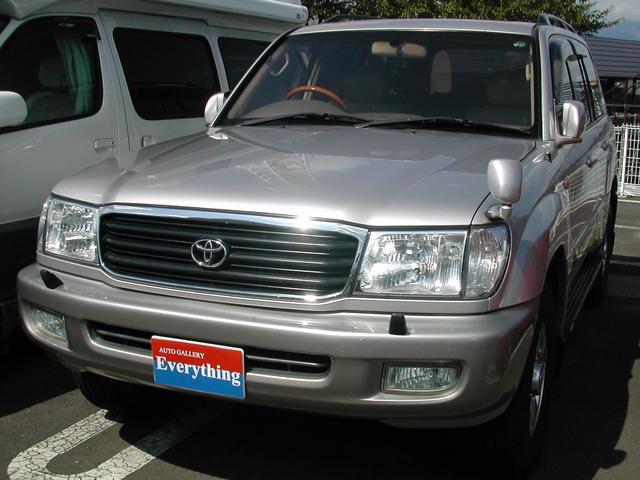 トヨタ ランドクルーザー100 VXリミテッド Gセレクション