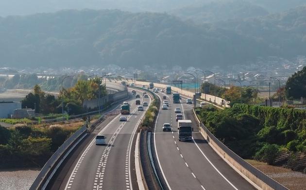 道交法改正で罰則が強化へ!あおり運転対策が本格するのか?