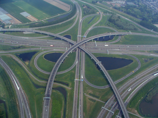 Interchange (road) - Wikipedia, the free encyclopedia (20124)