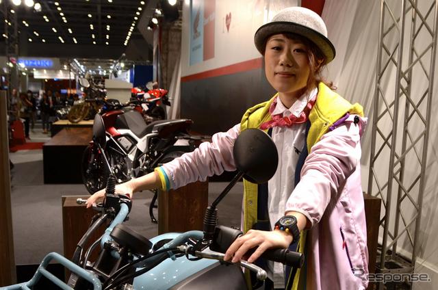 【東京モーターサイクルショー15】ホンダのBULLDOGコンセプト、女性デザイナーの狙いとは!?撮影:青木タカオ