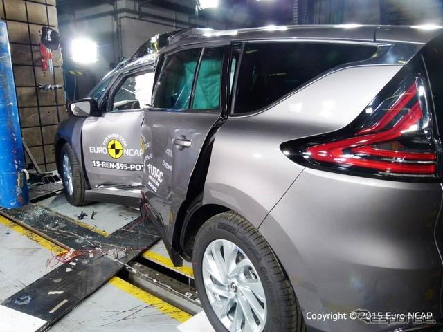 ルノー エスパス 新型のユーロNCAP 衝突テスト