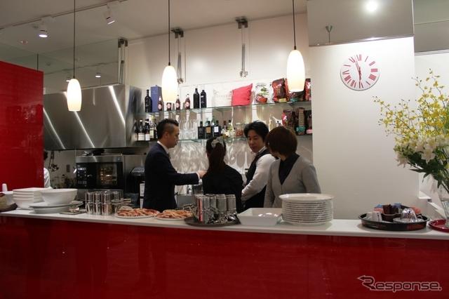 フィアットカフェ、東京渋谷区松濤に再オープン《撮影 内田俊一》