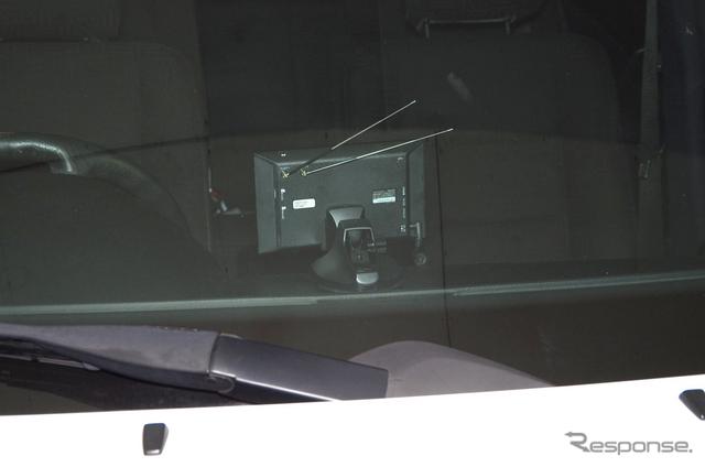 車外から見たところ。クレードルのカバーの効果は抜群というほどではないが、無いよりあったほうがいいことは間違いない。《撮影 山田正昭》