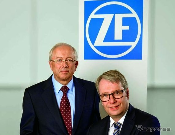 TRWのジョン・C・プラント社長兼CEOとZFのステファン・ゾンマーCEO